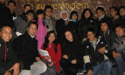 foto lulusan Yayasan Progress 2008 C